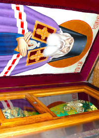 Minunile Sfântului Luca al Crimeei - vindecarea fetei grav bolnave, care risca să piardă admiterea la facultate